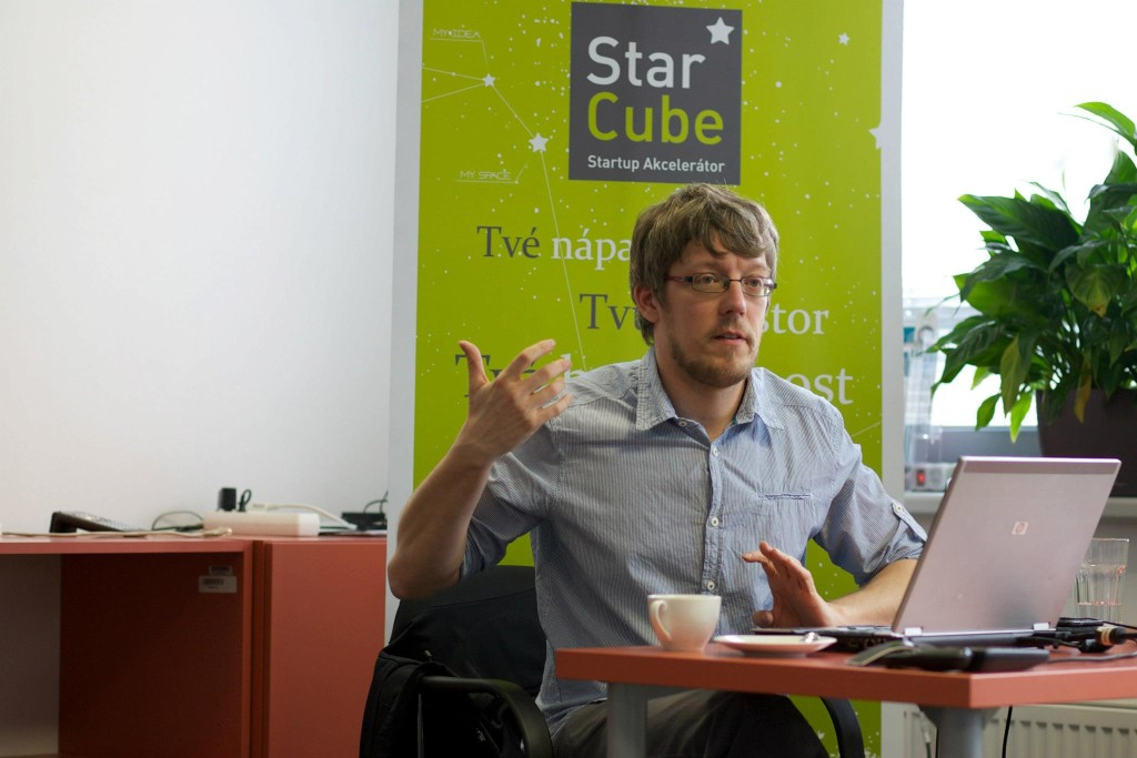 adam-starcube