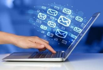 Emailing o svátcích